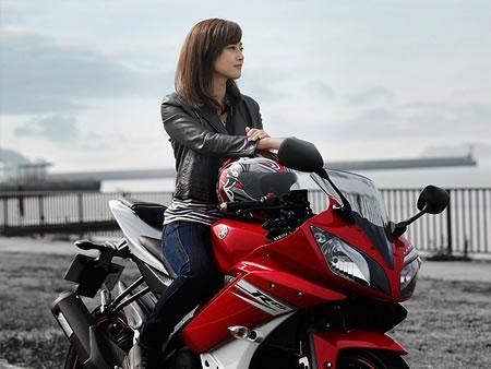 バイク好きの女性におすすめの高収入バイト