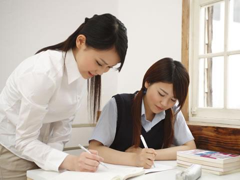 家庭教師や塾の講師も高収入バイト